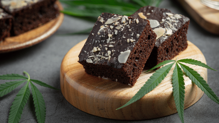 brownies maison au CBD et au chocolat fondant